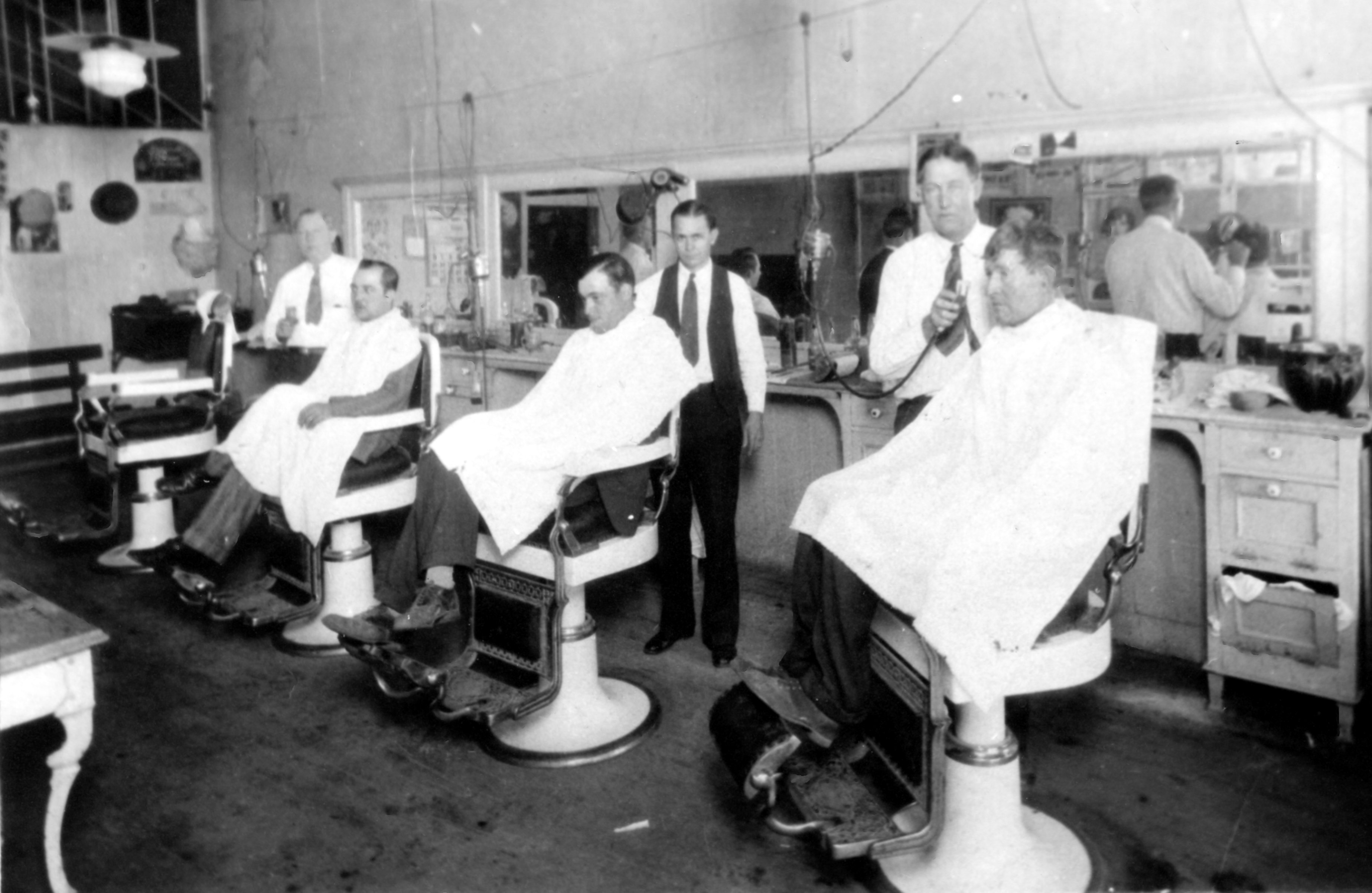 Barber Industry : Fun Fact: Blaylock Barber Shop The Old Firehouse Museum